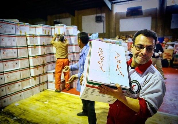محموله کمک های مردمی فسا به استان های سیل زده ارسال شد