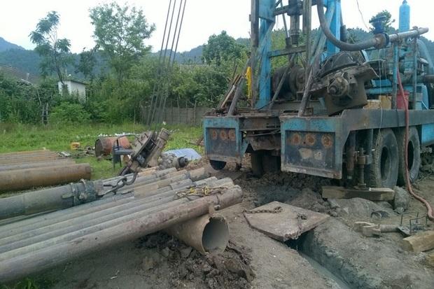 حفر پنج حلقه چاه عمیق در آستارا آغاز شد