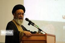 امامجمعه تبریز: حرکت در مسیر عدالت اجتماعی لازمه تحقق گام دوم انقلاب است