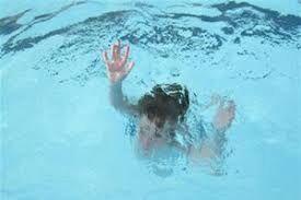 یک دانش آموز تایبادی در استخر شنا غرق شد
