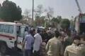 تصاویر اولیه حمله تروریستی به مراسم رژه نیروهای مسلح در اهواز