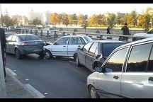 ۱۱ مصدوم  در تصادف زنجیره ای جاده  کرج - چالوس