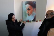 کاروان قرآنی انقلاب بیت امام خمینی (ره) را گلباران کردند