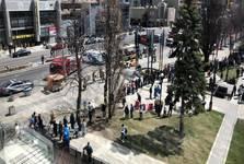 یک کامیون عابران را در تورنتوی کانادا زیر گرفت+ تصاویر