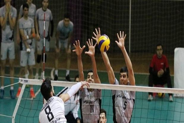 تیم والیبال دورنای ارومیه مقابل صدرنشین لیگ برتر باخت