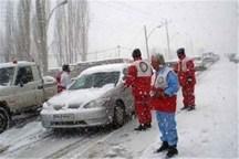 70 خودروی گرفتار برف درجاده های استان مرکزی امدادرسانی شدند