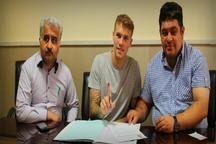 قرارداد هری اروین در هیئت فوتبال آذربایجان شرقی ثبت شد