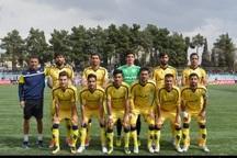 فوتبال دسته یک  فجر سپاسی شیراز همچنان مدعی صعود به لیگ برتر است