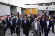 وزیربهداشت ازمراحل ساخت بیمارستان انصارالغدیربومهن بازدید کرد