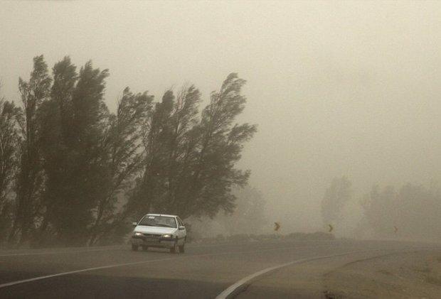 وزش باد شدید در قزوین خسارتی به دنبال نداشت