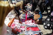 دستفروشان و فروشندگان سیار زندگی عادی مردم قرچک را مختل کرده اند