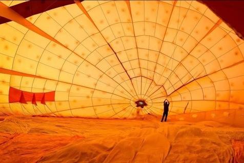 ۱۳۰ بالون در آسمان انگلیس+ تصاویر