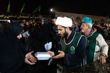 آستان قدس رضوی ۲۰ هزار پرس غذا در مرز دوغارون توزیع کرد