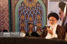 امام خمینی(ره) سیاستمداری برجسته و مدیری قدرتمند بود   تثبیت پایههای انقلاب مدیون امام است
