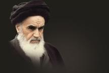 امام خمینی عزت و سربلندی را به ایران اسلامی هدیه کرد
