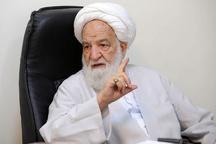 بیانیه آقای جنتی بسیار بد بود  حمله به روحانی به بهانه برجام به ضرر اسلام و ایران است  برجام با نظر رهبری انجام شد  آقای جنتی! در کلماتتان مواظب باشید