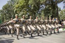 نیروهای مسلح مستقر در کرمانشاه توان نظامی خود را به نمایش گذاشتند