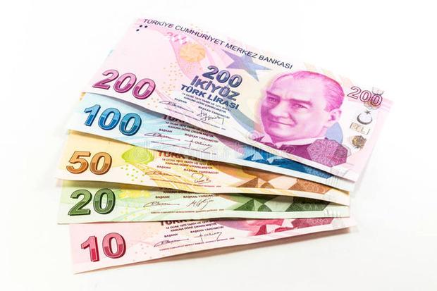 کاهش ارزش پول ملی ترکیه پس از تهدید ترامپ به نابودی اقتصاداین کشور
