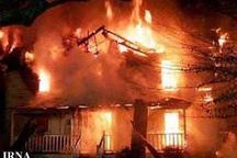 آتش سوزی یک خانه قدیمی در آستارا مهار شد