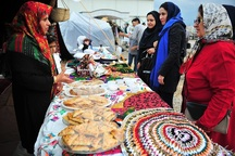 نمایشگاه اقوام و ملل ایرانی در ضلع شمالی حرم امام خمینی(ره) برگزار شد