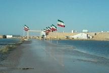 جاده امام علی در آبادان زیر آب رفت