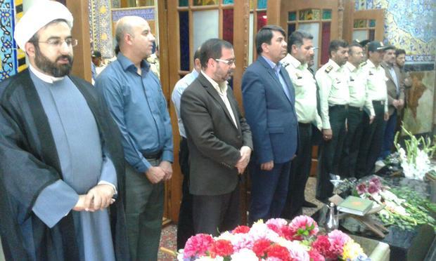 گلباران و عطرافشانی مزار شهدای استان یزد