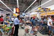 قطری ها به فروشگاه ها هجوم بردند