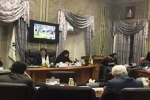 انتقاد ازوضعیت نامناسب آسفالت در کلانشهر رشت نظارت را تعطیل کرده ایم