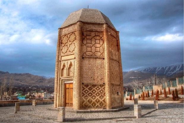 برج شِبلی، نماد قدرشناسی دماوندی ها