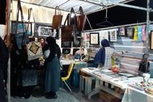 شب بازار صنایع دستی در سه نقطه بیرجند راه اندازی شد