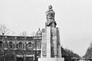 مجسمه ملکالمتکلمین در پارک شهر گم شد