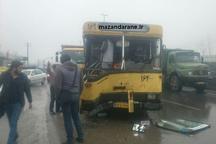 سانحه برخورد اتوبوس دانشجویان با کامیون در آمل تلفاتی نداشت