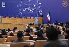 روحانی: هیچ قدرتی در کشور ما بالاتر از ملت و نسل جوان نیست/ جوانان ما در خلاقیت جهانی از رتبه ۱۲۰ به رتبه ۶۵ رسیده اند/ ۲۹ اردیبهشت یادآور شورآفرینی ملت ایران و بویژه نسل جوان پای صندوق آرا است