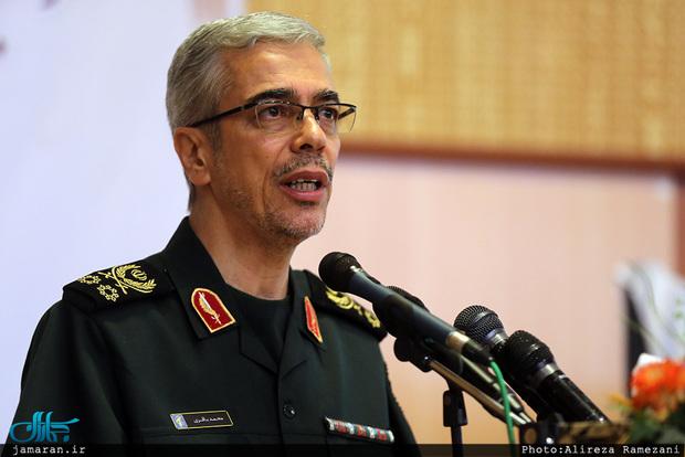 سرلشکر باقری: آمریکا صدها میلیارد دلار برای مقابله با انقلاب اسلامی هزینه می کند