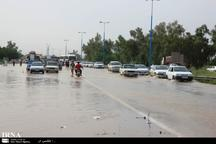 سیلاب بخشی از جاده اهواز - آبادان را فرا گرفت