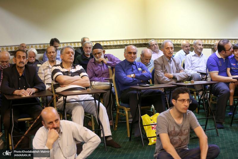 اقامه نماز عید سعید فطر در حسینیه شماره 2 جماران
