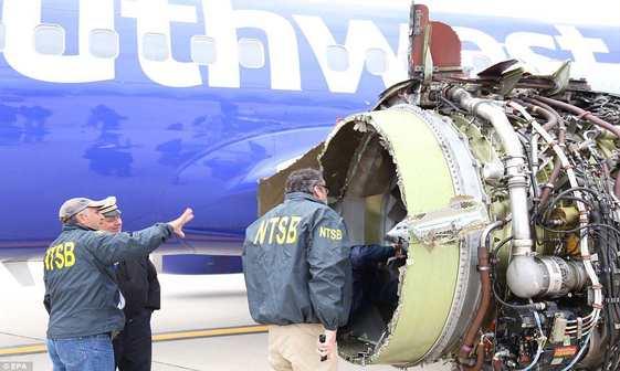 8 کشته و زخمی در سانحه هواپیمای مسافربری در آمریکا+ تصاویر
