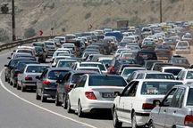 ترافیک در جاده کرج- چالوس سنگین است