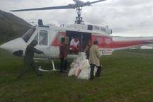 اقلام امدادی با بالگرد به روستای سیلزده مانه و سملقان رسید