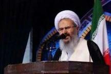 امام جمعه کاشان: کاندیداها و هواداران آن ها از تخریب پرهیز کنند