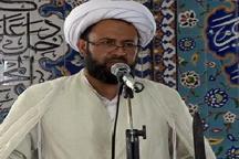 امام جمعه هرات: مجلس در مقابل دشمن نباید خاضع باشد