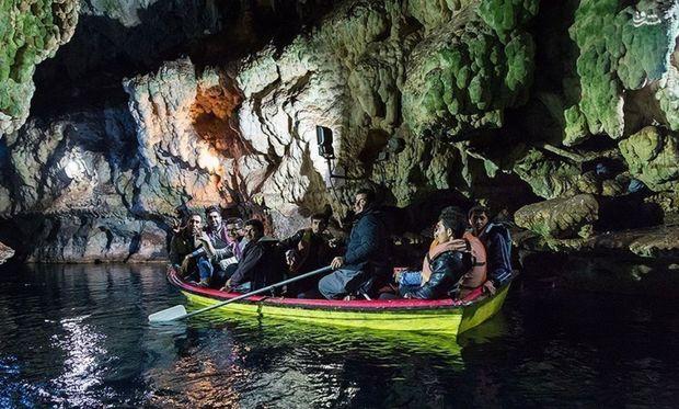 بازدید ۶۰۰ گردشگر خارجی از غار آبی سهولان مهاباد