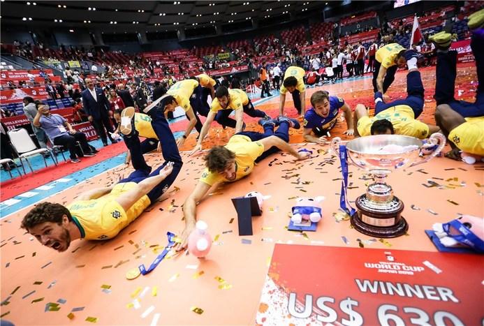 مراسم اهدای مدال جام جهانی 2019 والیبال +تصاویر