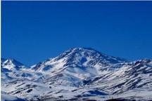 ارتفاعات آذربایجان سفیدپوش شد  خسارت به برخی از روستاهای پیرانشهر