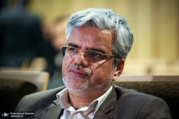 توصیه محمود صادقی به دولت در ماجرای توقیف نفتکش ایران