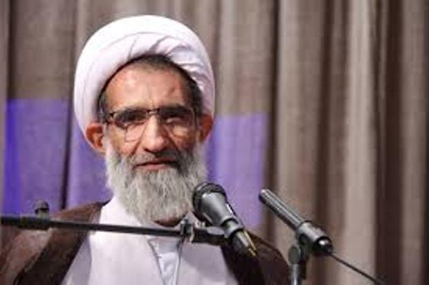 آمریکا در مصاف با انقلاب اسلامی رو به اضمحلال گذاشته است