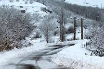 بارش 70 سامتی متری برف و مسدود شدن محورهای ارتباطی روستایی بهشهر