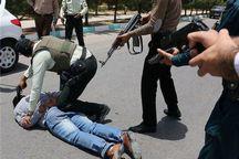 باند سارقان به عنف طلاجات در اهواز متلاشی شد