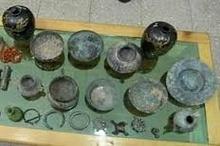 کشف اشیاء عتیقه در شهرستان شاهرود