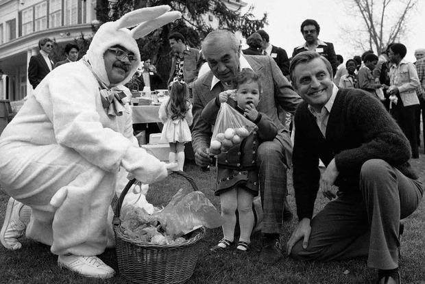 کاخ سفید تخم مرغ بازی